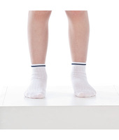 calzino bianco a costina grafica brums